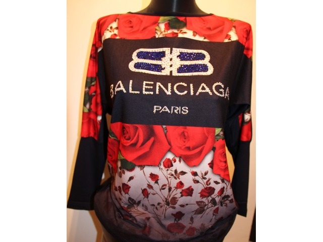 Balenciaga pulover oversize model