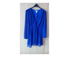 Plava haljina sa dugim rukavima