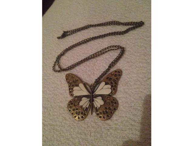 Leptir ogrlica