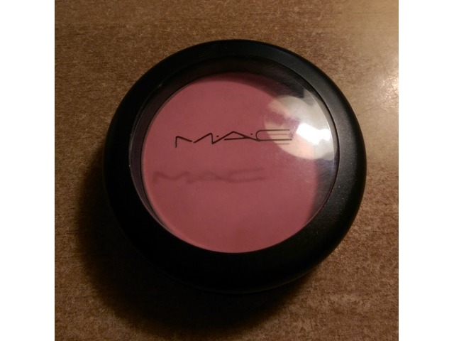 Prodano: MAC Pink Swoon Rumenilo