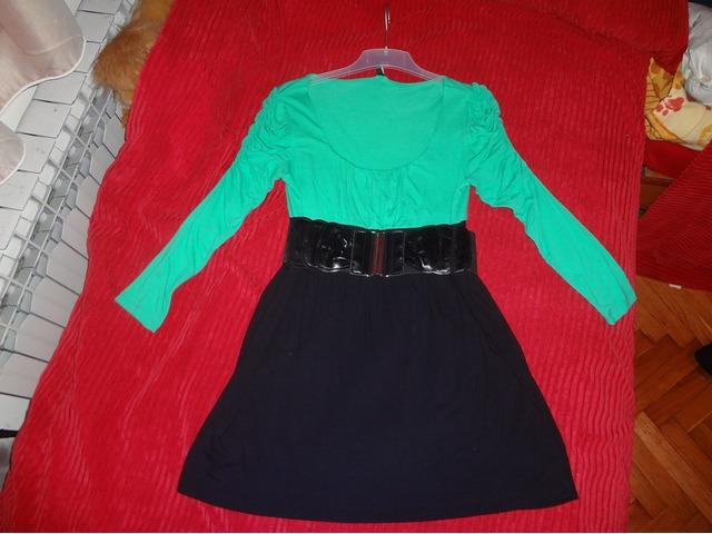 Zeleno- crna tunika s remenom :)