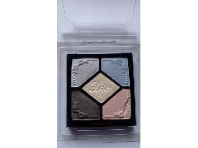 Dior 5 couleurs eyeshadow pallete