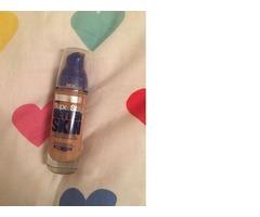 Maybelline SuperStay Better Skin puder