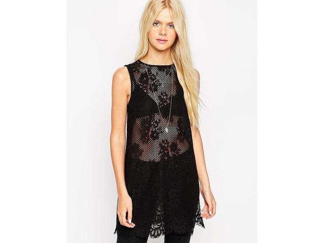 Čipkasta crna haljinica - tunika