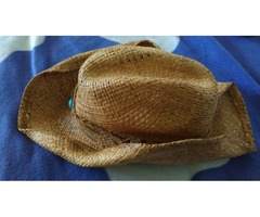 ljetni šešir od morske trave
