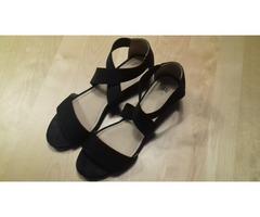 H&M sandale 39