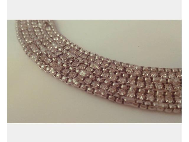 Zara ogrlica ukrašena cirkonima