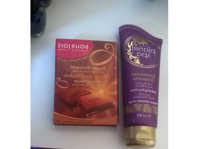 Bourjois čokoladni bronzer i maska za lice