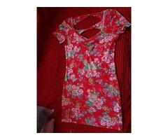 Crvena cvjetna haljina :)