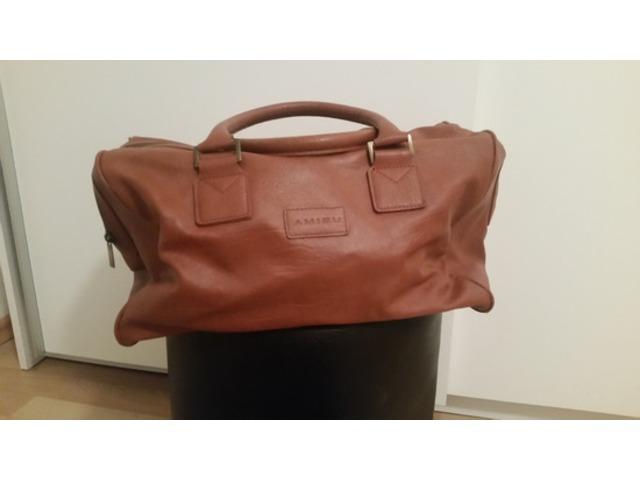 Smeđa torba Amisu