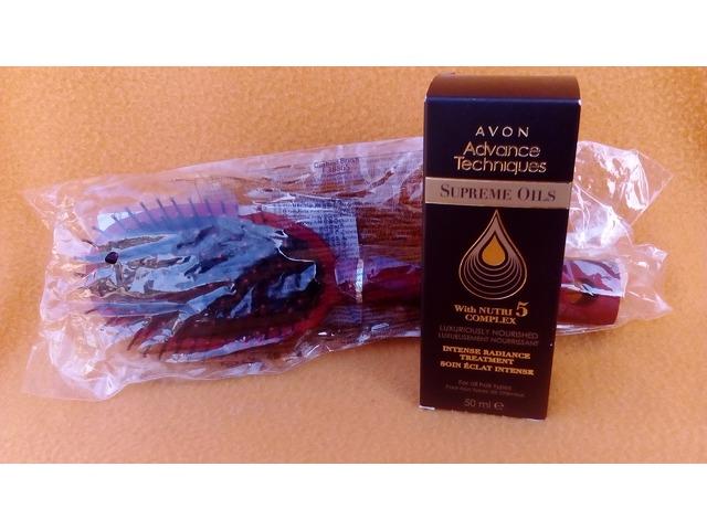 Avon četka za kosu + Avon ulje Nutri 5 Complex