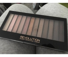 Makeup Revolution paleta sjenila Iconic 3
