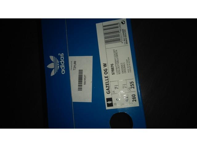 Roze Adidas Gazelle (danas 420 kn)