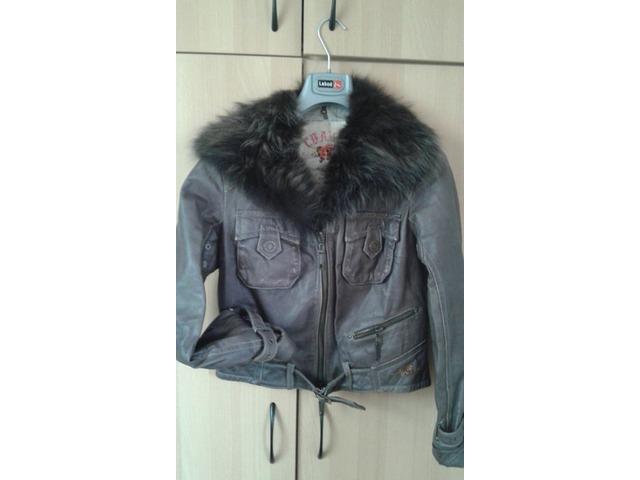 Kožna jakna s krznom