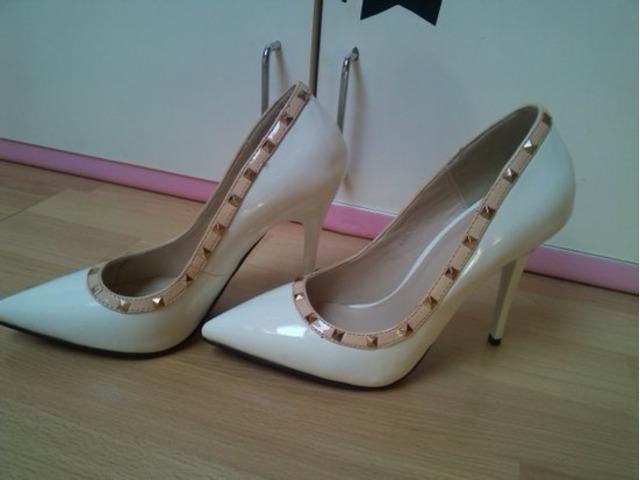 cipele like Valentino