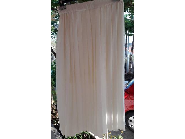 Bijela plisirana midi suknja H&M