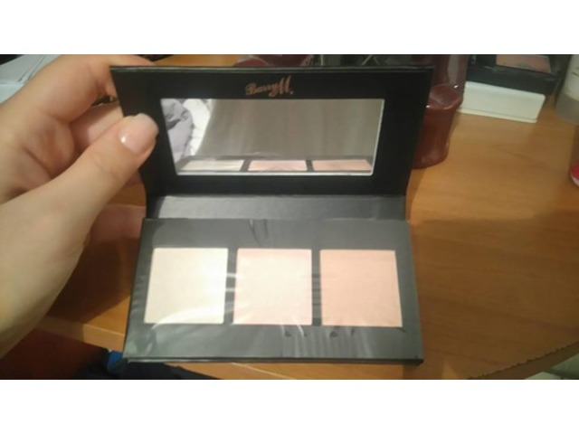 barry m trio highlighter,bronzer ,illuminator