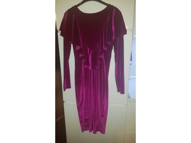 Plisana lila haljina